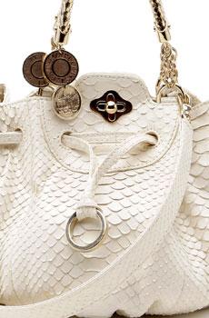 La borsa di Pucci è allegra e femminile