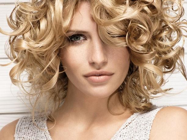 Estate 2010: la bellezza naturale dei capelli